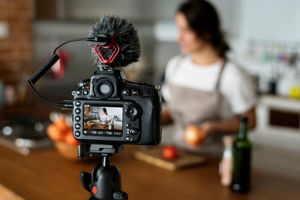 О чем надо делать влоги на YouTube: видеохостинг объявил победителей программы NextUp 2019 из СНГ