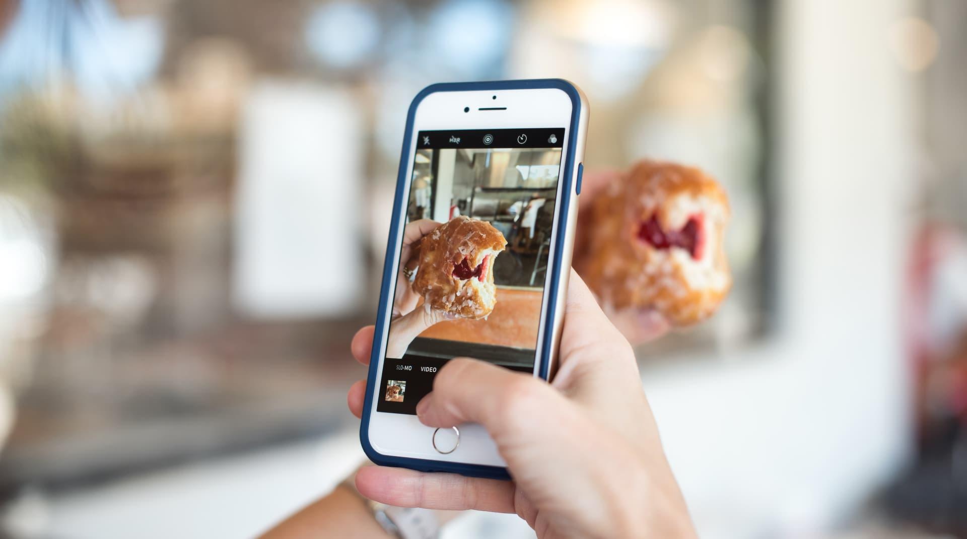 Instagram откажется от свайпа (но это не точно): тестирует стикеры-ссылки