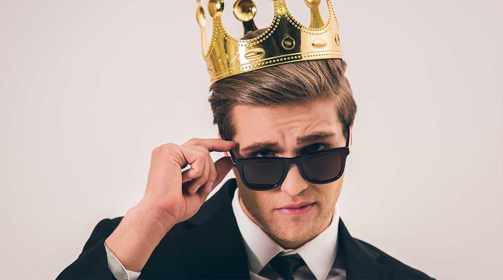Корона не жмет: как понятие «личный бренд» подменило собой репутацию