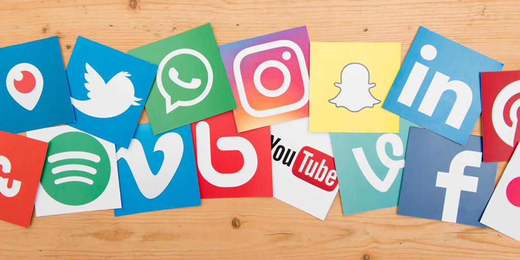 Создание видео для соцсетей: подборка 9 инструментов + шпаргалки по форматам