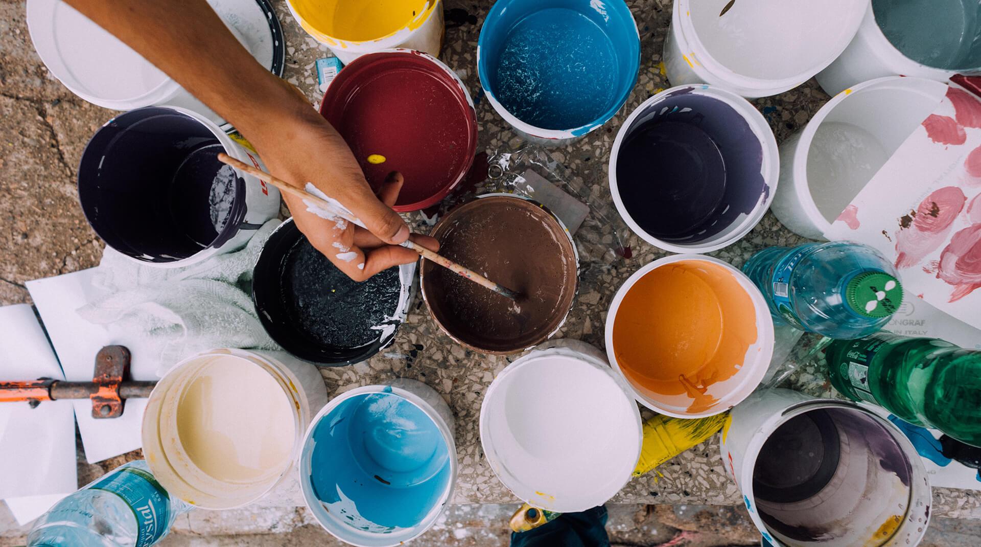 Почему цвет года – это важно (или нет), и как использовать его в бизнесе