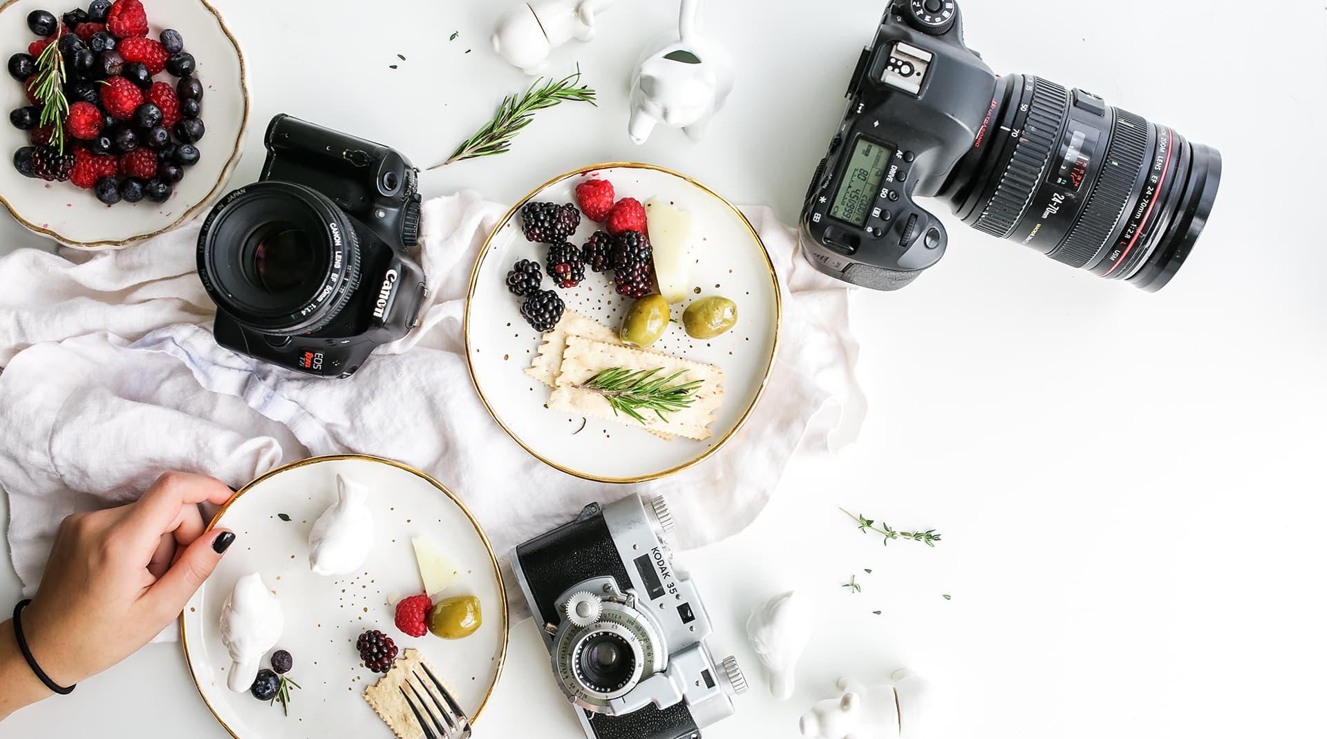 Домашняя фотостудия для «Инстаграм»: как быстро и недорого сделать софтбокс, фотофон и реквизит