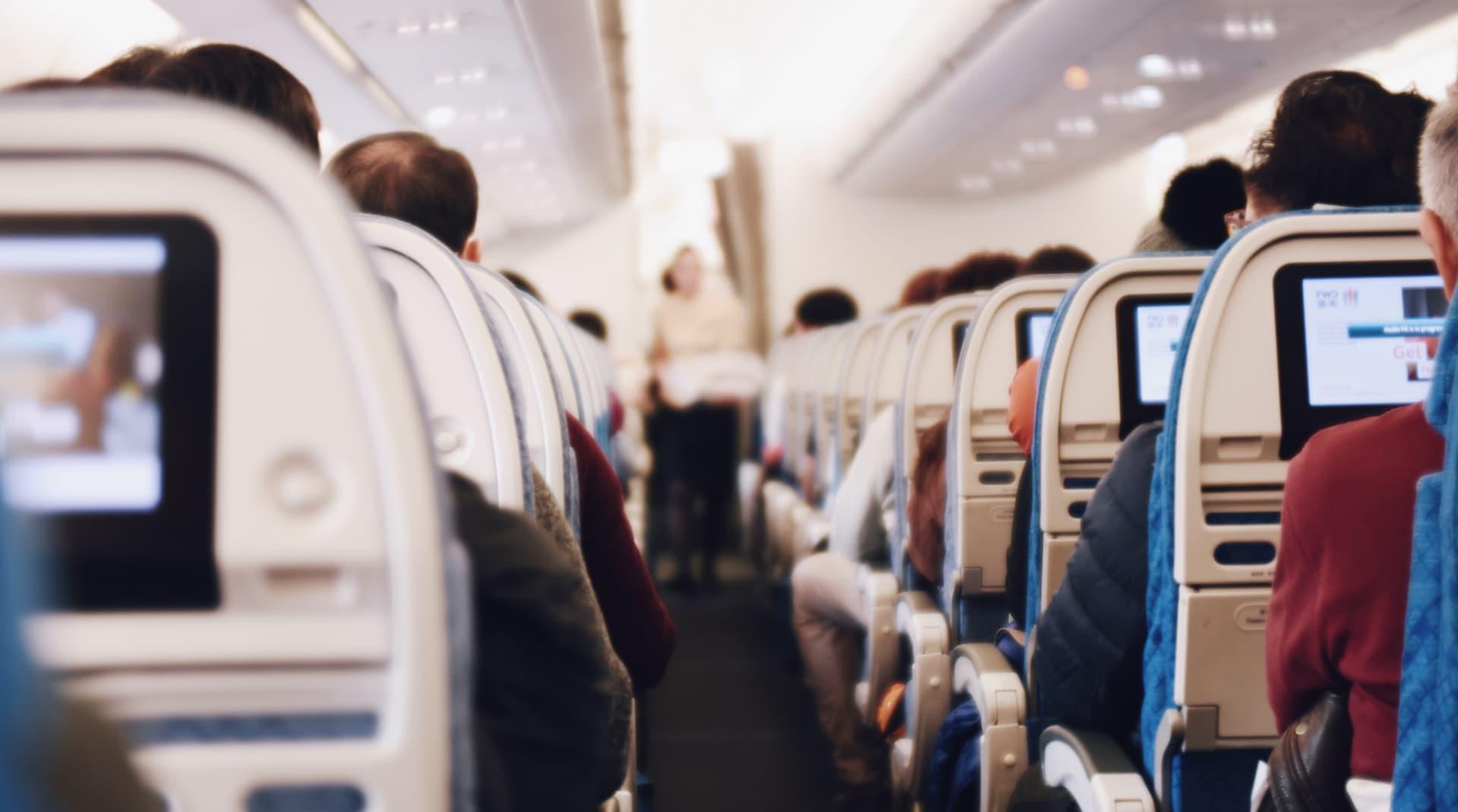 Вылетали в Геленджик – прилетели в Анапу: как авиакомпании отрабатывают (нет) негатив