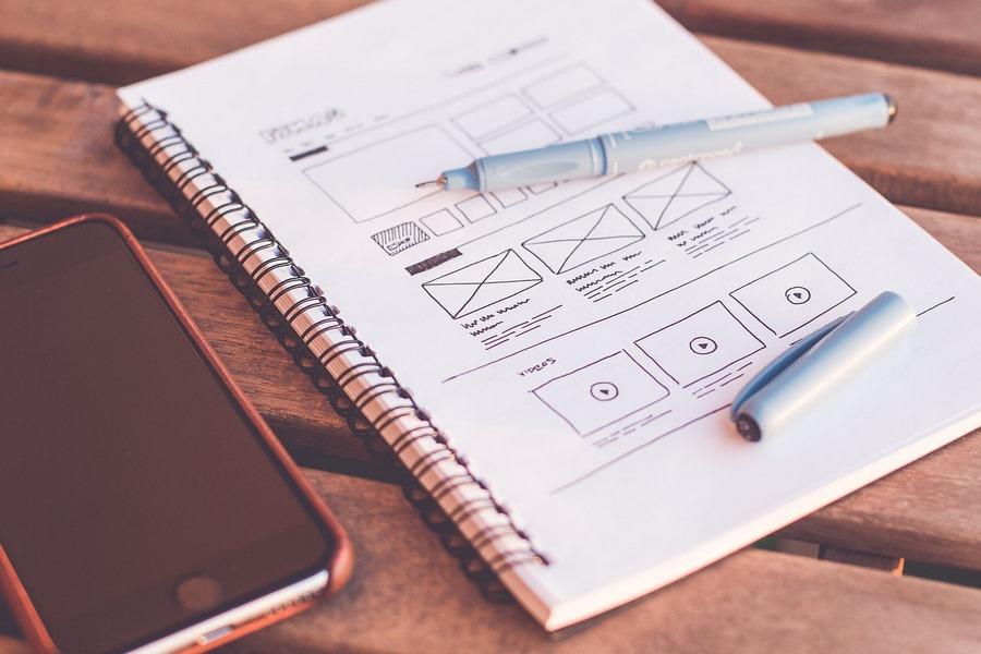 Прототип сайта можно сделать самому, а вот дизайн лучше доверить профессионалу