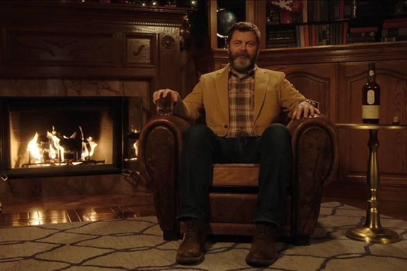 45-минутное видео с Ником Офферманом, пьющим виски, набрало 600 тысяч просмотров