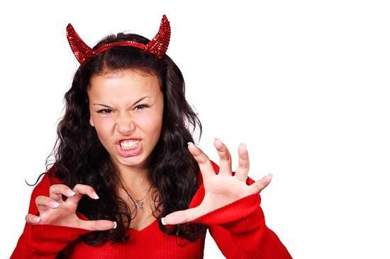 Кажется, некоторые покупатели хотят вынуть из вас душу и выпить всю кровь. Чего еще они хотят?