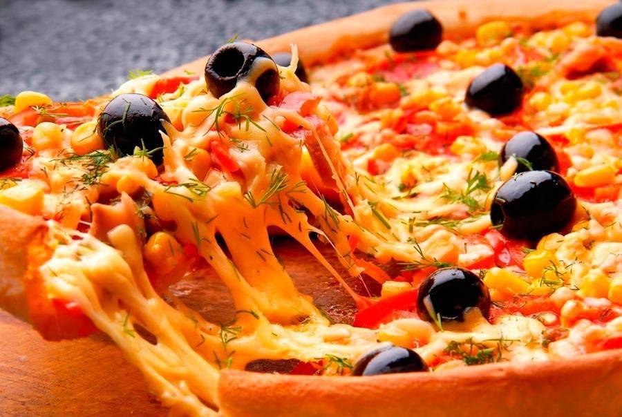 Наш шеф скучает по Италии, когда готовит эту пиццу