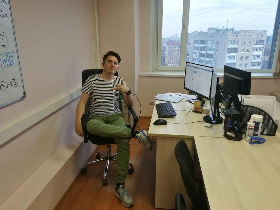Александр Чижов на своем рабочем месте