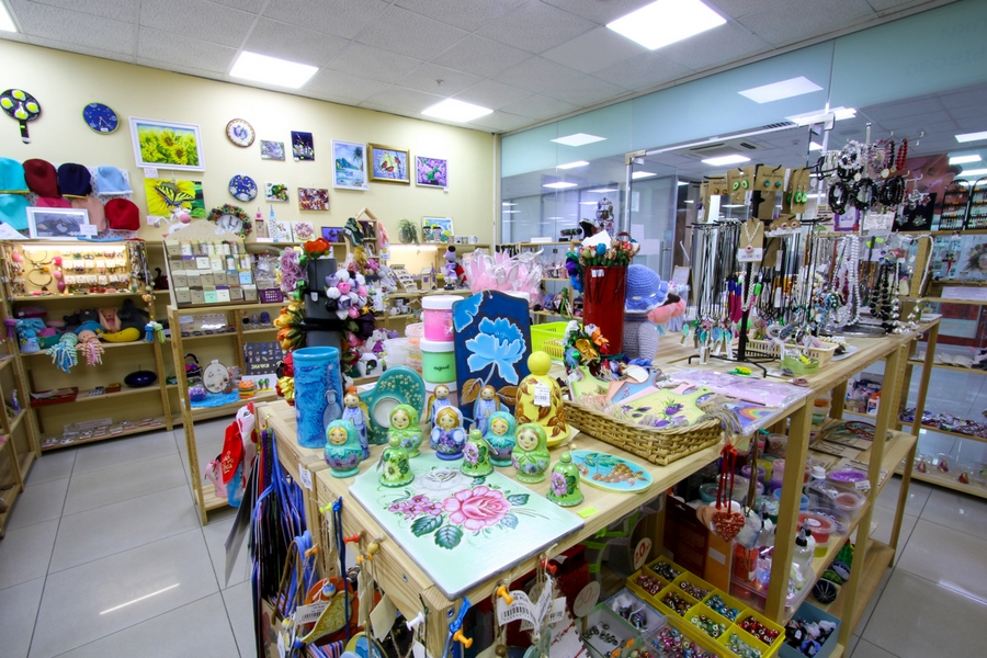 Второй магазин «Плюшкин-Вилль»